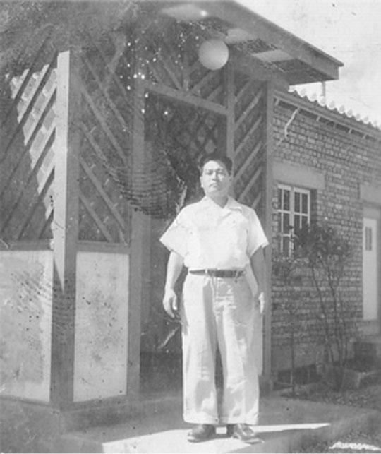 1951年(昭和26年)当時の沖縄ホテルと創業者 宮里定三